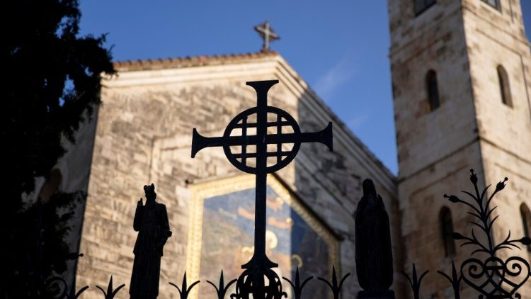 ĐTC mời gọi toàn thể Giáo hội cầu nguyện cho hòa bình ở Thánh Địa