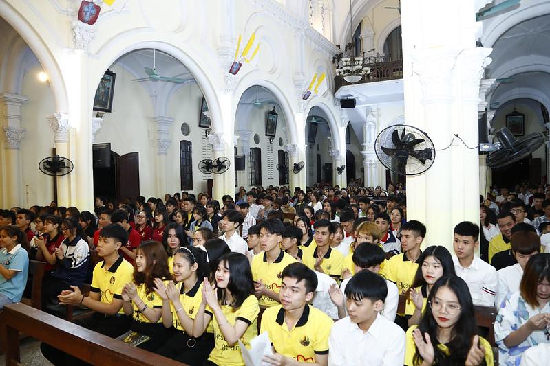 Giới trẻ giáo hạt Phú Xuyên hội ngộ và học hỏi giáo lý