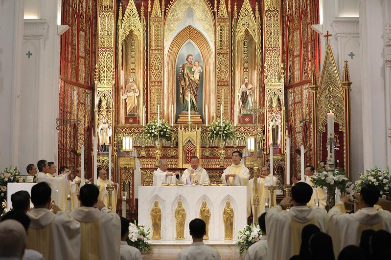 Kỷ niệm 22 năm cung hiến nhà thờ Chính tòa Hà Nội – Trái tim của Tổng Giáo phận
