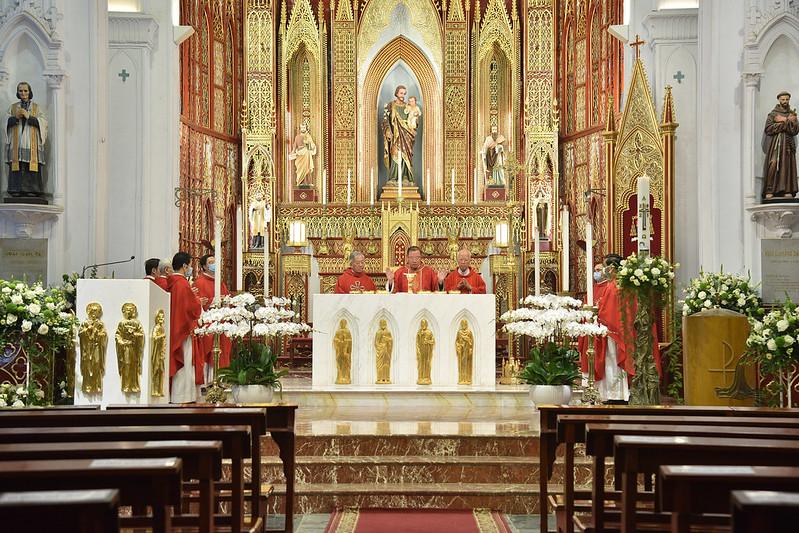 Đức TGM Giuse cử hành Đại lễ Chúa Thánh Thần hiện xuống